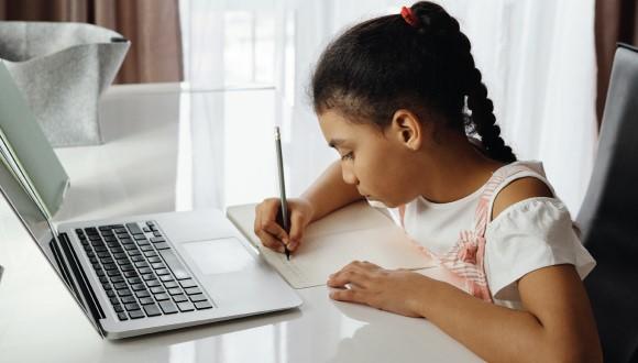 مشکلات آموزش آنلاین