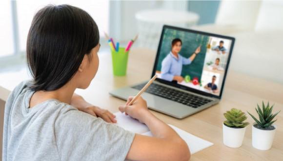 آموزش آنلاین در انگلستان