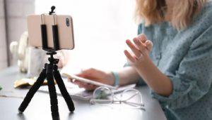 تبدیل موبایل به وب کم