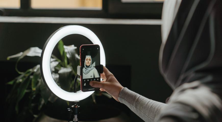 تجهیزات نورپردازی برای کلاس آنلاین
